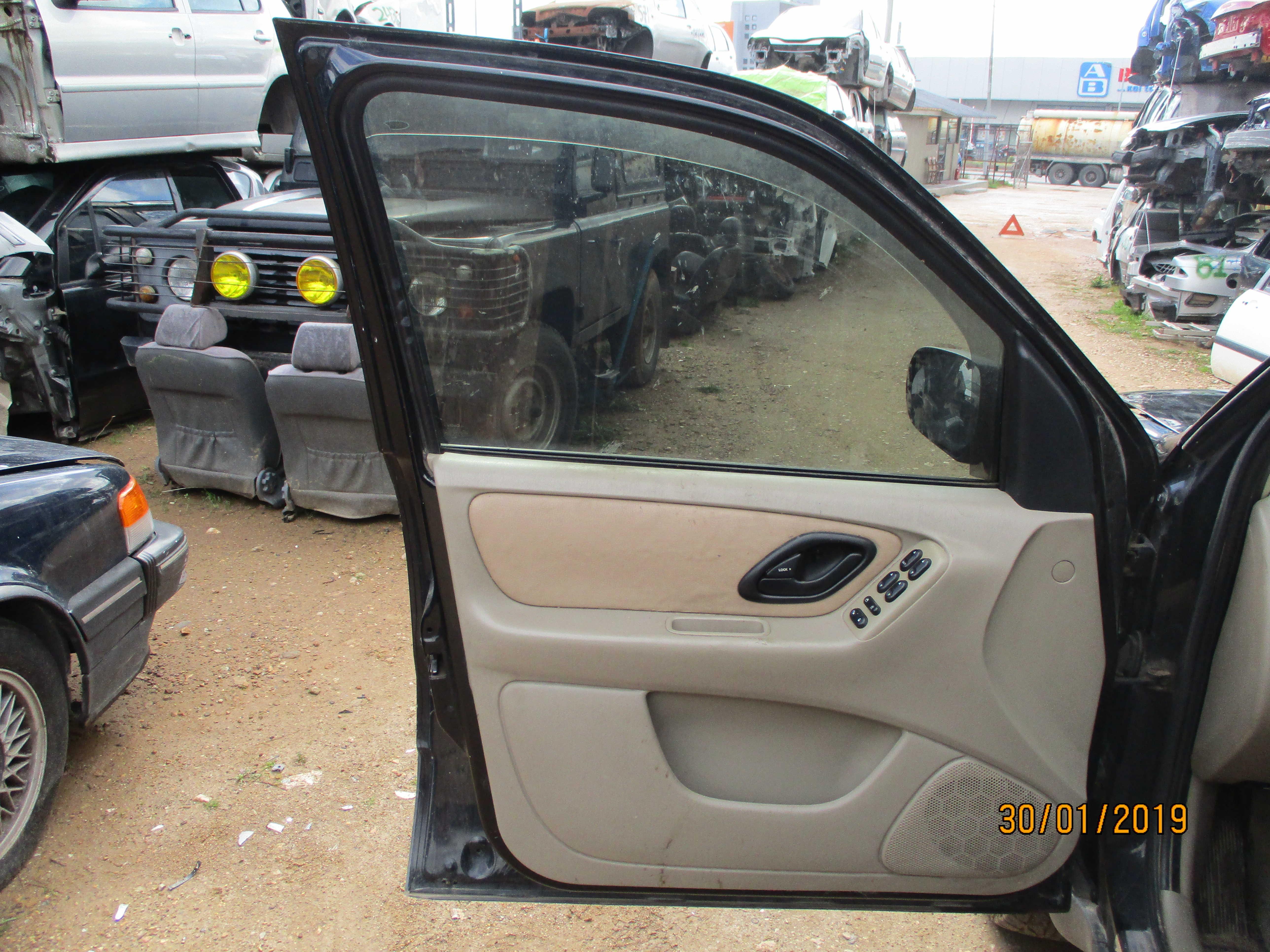 Πόρτες Ford Maverick '03